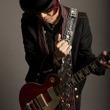 西川進のギタープレイを堪能、4thアルバム「奇跡のカケラ」