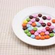 アラサー男女の一番古いお菓子の記憶……「つくんこ」「ヤンヤンツケボー」