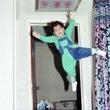 【画像】ロックマンみたいな躍動感溢れる2才児の画像が話題 新たなネットミームに
