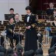 海上自衛隊の三宅由佳莉、小学校でコンサート