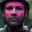 """花粉飛び交うこの季節、話題になっている映像""""ピンクの悪魔と戦う部隊""""って?"""