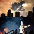 """大迫力の""""ゴジラvs太陽の塔""""、ニコニコにコマ撮りの特撮動画。"""