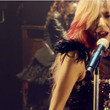 女性ロックバンド「SHOW-YA」が歌う、沢田研二『勝手にしやがれ』がカッコよすぎる【動画】