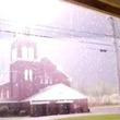 悪魔城ドラキュラかよ!教会に雷が直撃した瞬間を捉えた映像が凄すぎて話題に