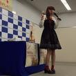 黒崎真音、シングル「ハーモナイズ・クローバー/アフターグロウ」発売記念イベントで乾杯