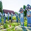 性行為目的の墓荒らしが出没、92歳女性の遺体が掘り起こされ関係者激怒。