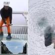 【アカン!】中国400メートルのガラス床吊橋を叩いてみた!とんでもない事実が!