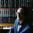 冨田勲が実際に使用したシンセサイザーや録音機器を一般展示