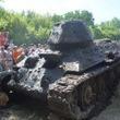 第二次世界大戦時代の戦車を川底で発見。しかも今でも使えるらしい