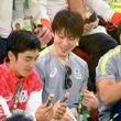 男子体操選手の間でマーブルチョコが大ブーム!? (動画あり)