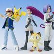 アニメ20周年記念「ポケモン」サトシ&ロケット団の可動フィギュアセットが限定発売、ピカチュウとニャースも付属