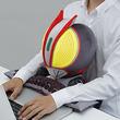 『仮面ライダー555』がPCクッションに登場!ファイズと一緒なら仕事と戦える!?