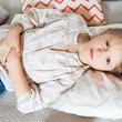 【医師取材】ノロウイルスはどんな症状が出る? 潜伏期間と二次感染のリスク