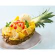 半割のパイナップルを使用したフレンチトースト「パイン・ザ・ロック」