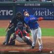 ニューヨーク・メッツの選手、痛すぎる自打球で顔面流血…!
