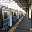 「昇降バー式ホーム柵」愛甲石田駅で実証実験開始 小田急