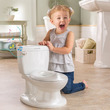 """""""トイレトレ""""の救世主なるか!? ありそうでなかった洋式トイレ型おまる"""