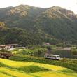 廃止迫るローカル線、利用者急増で列車大混雑 乗り切れない可能性も JR三江線