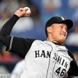 阪神タイガース 秋山拓巳選手と今期アドバイザリースタッフ契約を締結