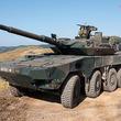 「車輪の戦車」なぜ世界のトレンドに 陸自16式機動戦闘車に見るその背景