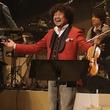 葉加瀬太郎の全国ツアーがスタート、特訓積んだダンスも披露