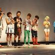 AAA豪雨の中の新曲イベント開催、シンガポールロケの発表も
