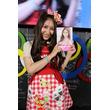 AKB48料理部部長の中塚智実が、卒業直前にレシピ付フォトブック『クリスイーツ』を発売!