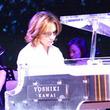 YOSHIKI、クラウドイベント登壇&「Forever Love」「Endless Rain」をピアノで披露