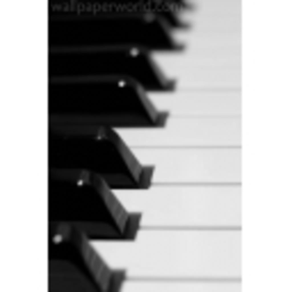 のそのそとピアノを弾きます。