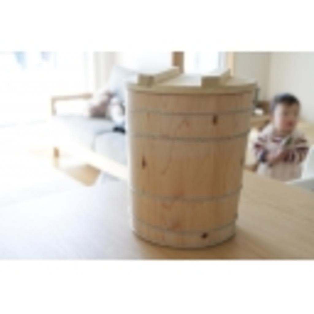 味噌桶のある納屋@「飾って豆腐」な放送局