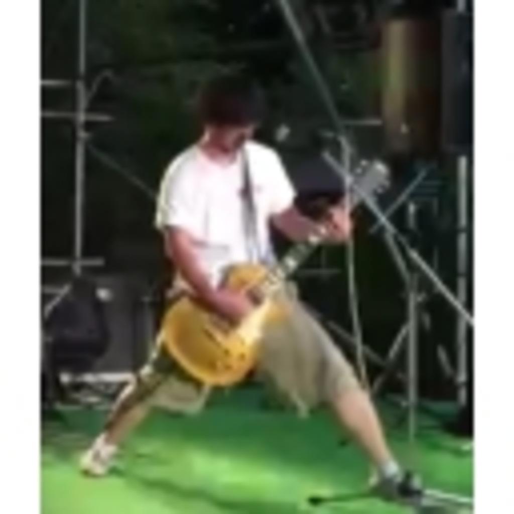 へたくそは練習するしかない!ギター弾き。