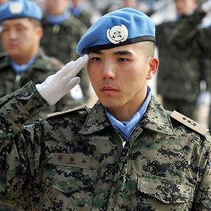 韓国人「9条改正で日本も徴兵制...