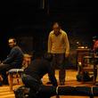 モダンスイマーズ句読点三部作連続上演 第一弾が上演中、また第三弾である『死ンデ、イル。』の男優オーディションが開催