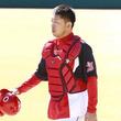 石原慶幸、広島捕手初の1000本安打 球団史に名を残すキャッチャーに
