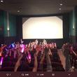 R18指定「娼年」の応援上映に女性続々 「松坂桃李くんの腰の動きに合わせて...」