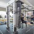 フィットネスの新プログラム、国内ホテル業界初の「Poolno(プールノ)」水上ヨガ&エクササイズ本格始動および、「Queenax(クイナックス)」体幹強化トレーニングプログラムで体力アップ