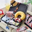「スーパーマリオ」をモチーフにしたトラベルグッズが今夏発売。スーパーキノコ型のネックピローやヨッシーデザインのアイマスクなど全16種類