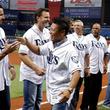 【MLB】岩村明憲氏がレイズで始球式 本拠地ファンから歓声に「本当にうれしかった」