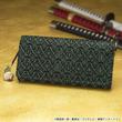 ワンピースの「ロロノア・ゾロ」の名刀をちりばめた印傳の長財布が登場!