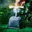 アノ伝説がまさかの商品化! 運命の扉を開く「真の勇者にしか引き抜けない 伝説の剣キーケース」がフェリシモYOU+MORE! の「妄想商品化道場」から新登場