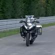 無人バイクが道路走っとる!BMWが公開した自動運転バイクが凄い!