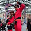 アレクサンダー&川崎希 TDLで家族仮装キメるも、年パス使えないアクシデント
