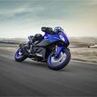 デザインと装備を一新 ヤマハ、スポーツバイク「YZF-R3」新型を発表