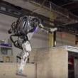 本物の人間みたい! 人型ロボット『アトラス』が今度はパルクールを披露。
