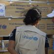 インドネシア スラウェシ島:ユニセフの教育支援物資到着、テントの仮設教室を450カ所設置へ【プレスリリース】