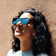 液晶画面の光のみを遮断!リアルライフを提供する変わり種サングラス「IRL Glasses」