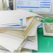 """漫画やアニメの""""書類を机にドッサリ""""に疑問! 大量に置かれた書類の""""正体""""とは?"""