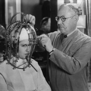 1930年代に開発された美顔計測器
