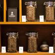 """【福岡コーヒー巡り】日本一の焙煎士が蓄積した""""最高""""を味わう「COFFEEMAN  Roasting & Planning Café」"""