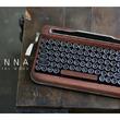 レトロ美が新鮮!タイプライター風ワイヤレスキーボード 「PENNA」第2弾、Makuakeで先行予約受付中